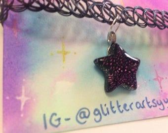 Dichroic purple star choker