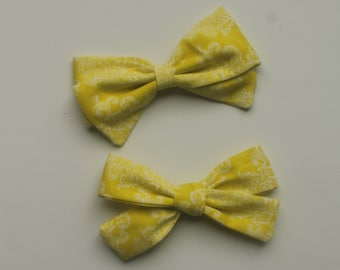 Yellow and White Bow~Hair Bow~Summer bow~Yellow bow~Bow Tie~Girls Hair Bow~Fabric Bow~Baby Bows~Baby headband~baby girl~toddler girl