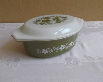 Pyrex Spring Blossom 1 1/2 Quart Casserole with Matching Lid