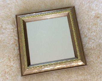 SALE / small gold wall mirror / wall decor.