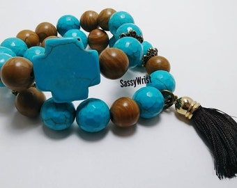Chunky dyed howlite and brown natural stone beaded stack bracelet set.