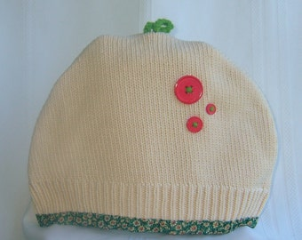 Sweater Tea Cozy from  Preloved cotton sweater