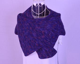 Knitted Shawl with dots