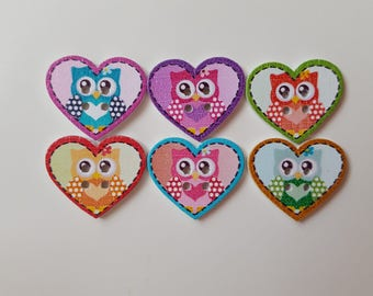 Set of 10 wooden OWL buttons