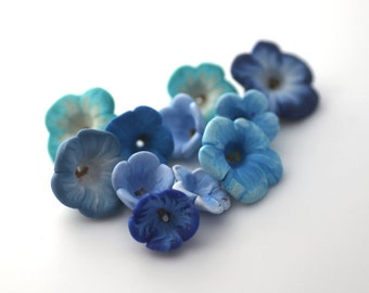 Winter Bead Mix, Blue Flower Beads, Polymer Clay Beads, 10 pieces