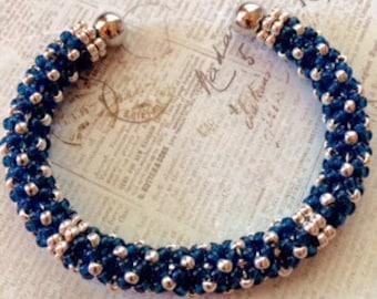 Bracelet jonc bleu et argent