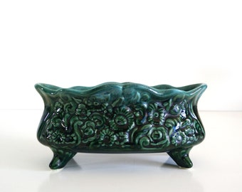 Hull Green Drip Floral Footed Planter