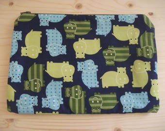 Pochette with fabric hippos, cotton pochette, pochette with zipper, colored sachet, small object bag, animal pochette