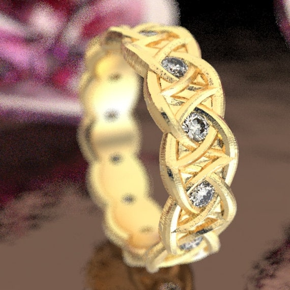 Moissanite Gold Celtic Wedding Ring With Dara Knot Design in 10K 14K 18K or Palladium, Made in Your Size Cr-1036
