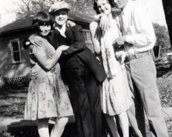 Vintage photo 1927 Flapper Girl & Boyfriend Girlfriend Cross Dress Lesbian int