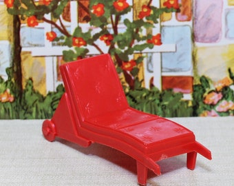 Marx Soft plastic dollhouse furmiture  Red long lounge chair1.5 , half scale , tin litho,