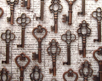 The Selwyn Collection - Skeleton Key Assortment in Copper- Set of 30 Keys - 3 STYLES