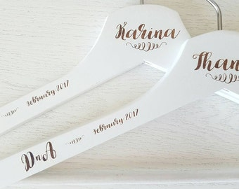 Personalized coat hanger for wedding dress/bridal Virgin/Wedding witness/Bridesmaid's Gift