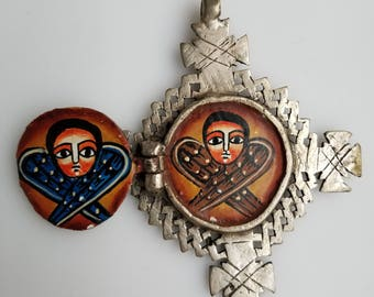 Hinged Ethiopian hand painted icon pendant, Ethiopian icon, Ethiopian pendant, painted pendant, Ethiopian pendant