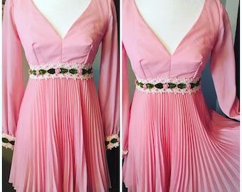 Vintage 1960s pink mini dress size S