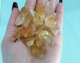 Raw Citrine Crystal Stones / Healing Crystals and Stones Perfect for Reiki, Crystal Grids, Jewelry Supplies