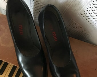 Black leather italian Miu Miu pumps