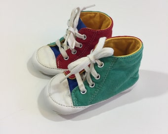 Vintage Baby Shoes - Size 2 - Vintage Crib Shoes - 90's Baby Shoes - Vintage Soft Sole Shoes - Boy's Baby Shoes - Girl's Baby Shoes