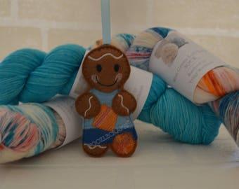 Ginger Knitting Hanging Decoration
