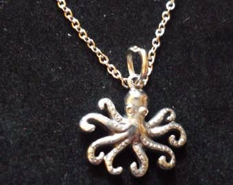 """Octopus W13 Pewter On a 16"""" 18"""" 20"""" 24"""" inch Silver Plated Curb Chain Necklace"""