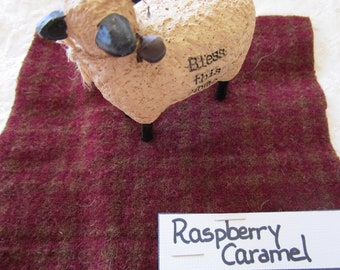 Raspberry Caramel 100 % Wool