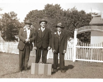 """Vintage Photo """"Getting Out Of Town"""" Buddies Decide The Getting Is Good Old Suitcase Fedora Hats Found Vernacular Photo"""