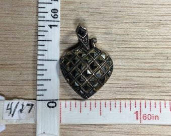 Vintage 925 Sterling Silver 4.1g Marcasite Heart Pendant Needs Cleaned Used