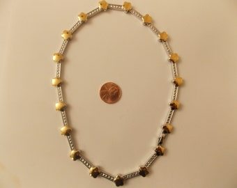Vintage Gold Tone and Silver Tone Necklace