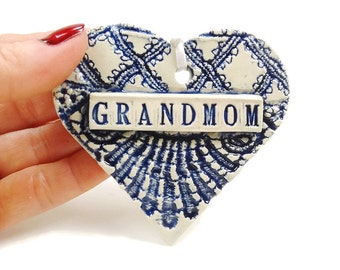 Grandmom Ornament, Mother's Day Gift, Valentine Heart, New Grandmother Ornament, Grandmom's Birthday, Grandmother's Gift, Christmas Ornament