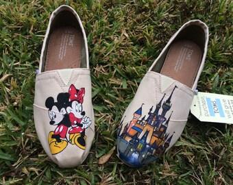 Disney Toms- Mickey & Minnie Disney Castle