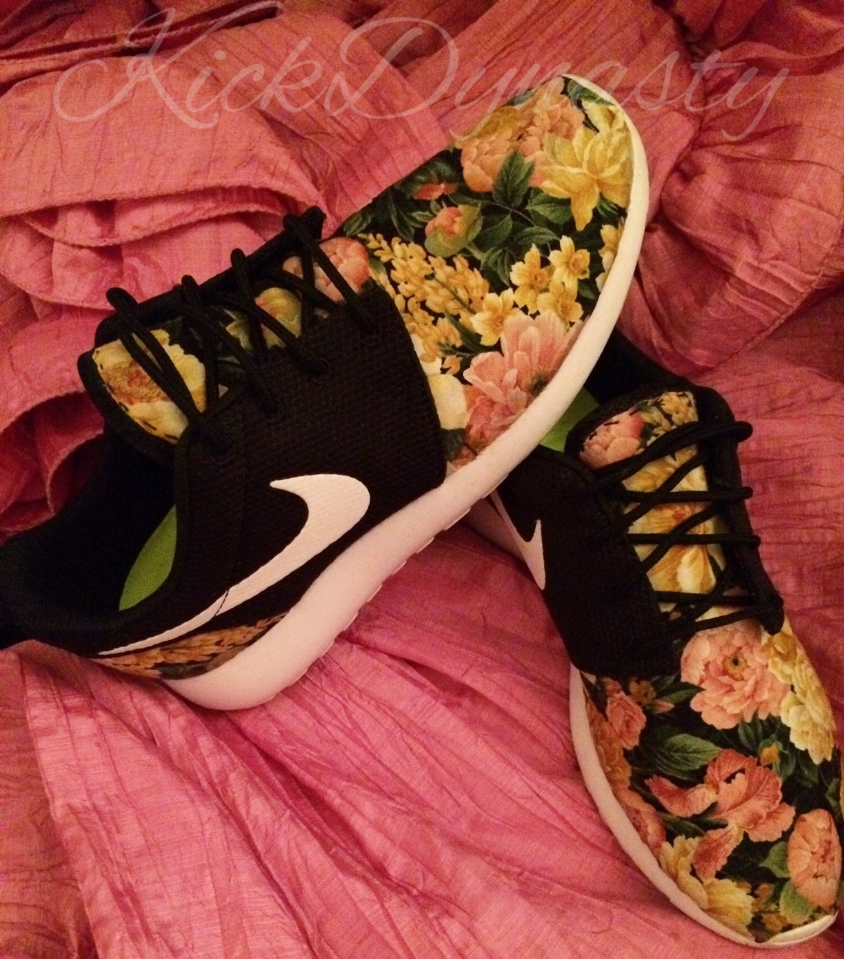 quality design 1266a 2829c 15% OFF SALE Nike Roshe Run Floral Sneakers Supreme Style ...