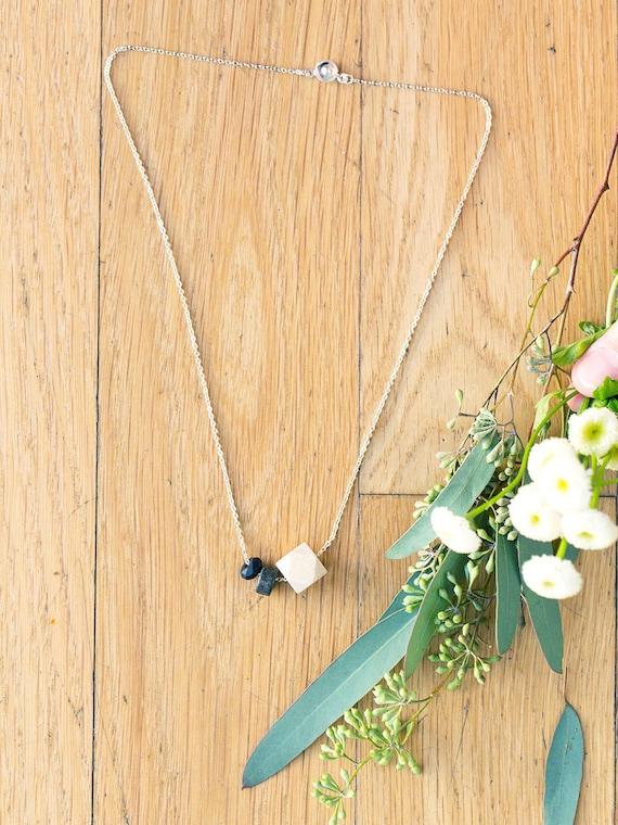 Flat Gemstone & Onyx Diffuser Necklace (Silver)