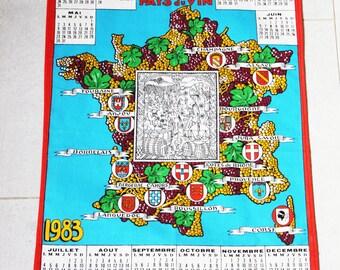 torchon de cuisine vintage, objet publicitaire france pays du vin, calendrier mural en tissu, calendrier 1983, vin français, années 80
