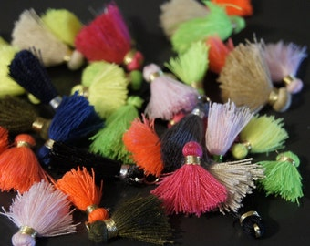 creation! 20 small tassel in various colors 20/22 MM acrylic silk tassel