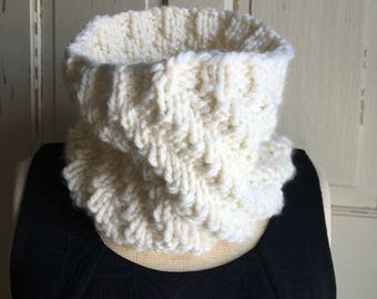 Cream Knit Cowl Scarf Soft Offwhite Scarf Neckwarmer Cowl