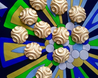 11 vintage Italian lemon and gold buttons