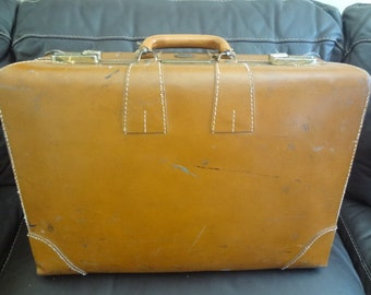 Tommy Traveler Suitcase Leather Vintage 1950s-60s 21x14x7