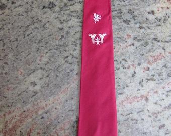 Wonderful 1950s Red Rockabilly Tie with Stitched Design