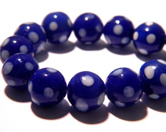 5 - 10 mm - Lampwork Murano glass bead is hand-blue and white G29 5