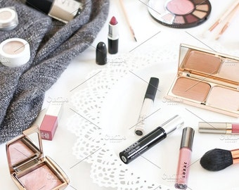 Styled Stock Photo | Autumn Makeup (Pinks & Purples) | Blog stock photo, stock image, stock photography, blog photography