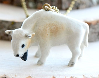Hand Painted Porcelain White Buffalo Necklace, Antique Bronze Chain, Vintage Style Bison, Ceramic Animal Pendant & Chain (CA267)