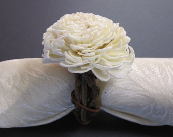 Grapevine Twig with sola flower napkin rings - Set of 6