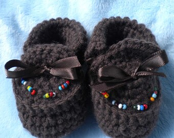 Crocheted  Moccasins Newborn 0 3 mo Brown w Hand Beaded Native American Beads