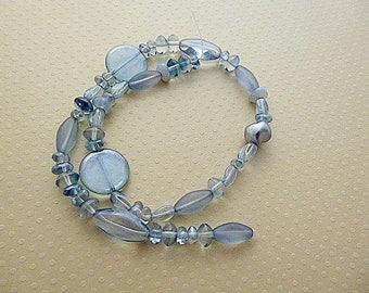 Mix of glass beads pressed blue gray - CBMIX - 0981