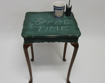 Emerald green Paris Apartment Hand Painted Bombay Queen Anne Accent Table