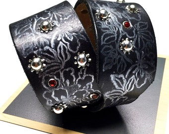 Black Leather Dog Collar with Silver Leaves, Industial Stars and Tiny Red Gems, Size M, to fit a 15-18 Neck, Eco-Friendly, OOAK