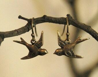 Love Bird Earrings - Brass