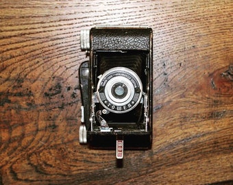 1955 Tower Camera • Sears, Roebuck and Co. • Vintage Folding Camera • Bellows • Vintage Interior Decor