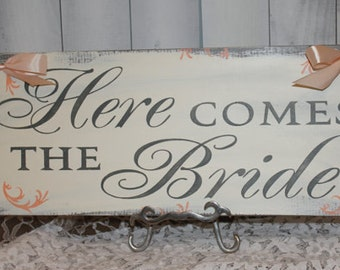 Here Comes the BRIDE Sign/Photo Prop/U Choose Colors/Great Shower Gift/Gray/Ivory/Peach/Rustic/Light Weight/Wood Sign/Wedding/Fast Shipping