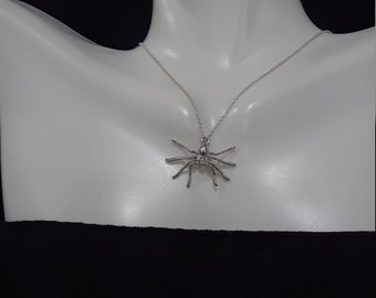 925 sterling silver spider with necklace chain/simple minimal charm/sterling silver tiny necklace chain/woodland jewerly